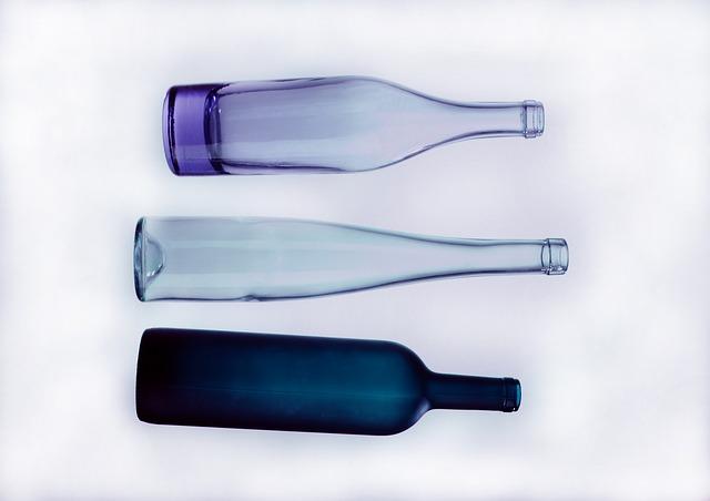 tři láhve.jpg